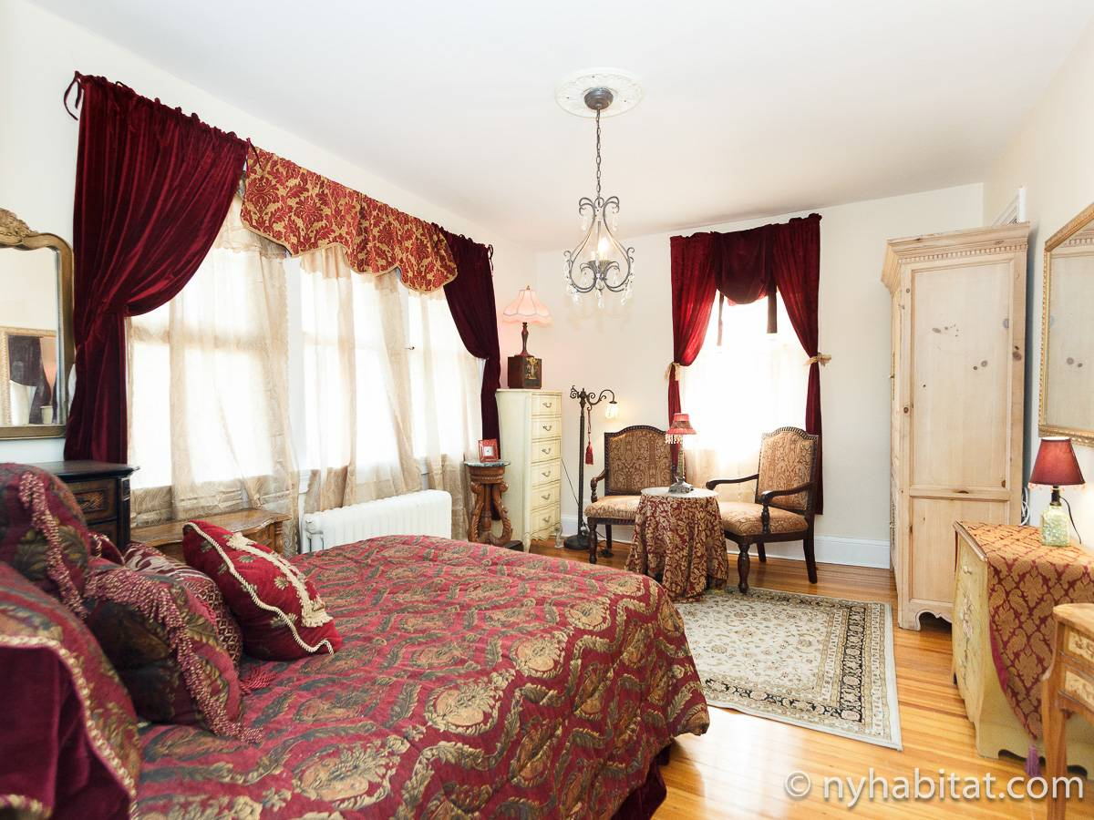New York 4 Bedroom - Duplex roommate share apartment - bedroom 3 (NY-17210) photo 4 of 6