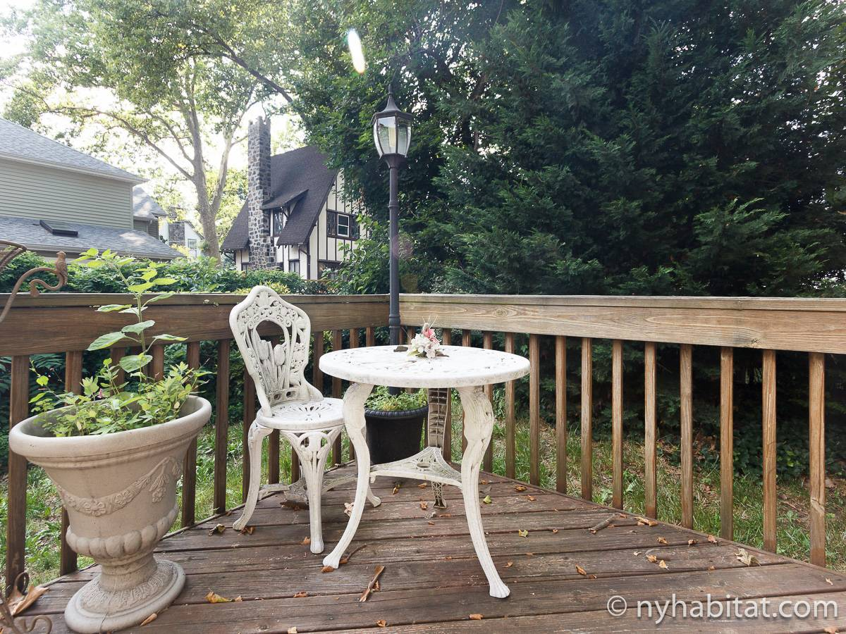 New York 4 Bedroom - Duplex roommate share apartment - other (NY-17210) photo 7 of 10