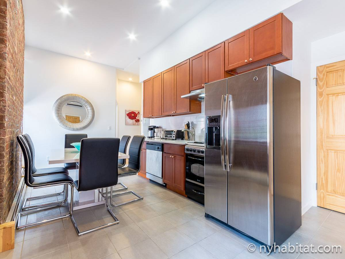 New York 4 Bedroom accommodation - kitchen (NY-17220) photo 1 of 4