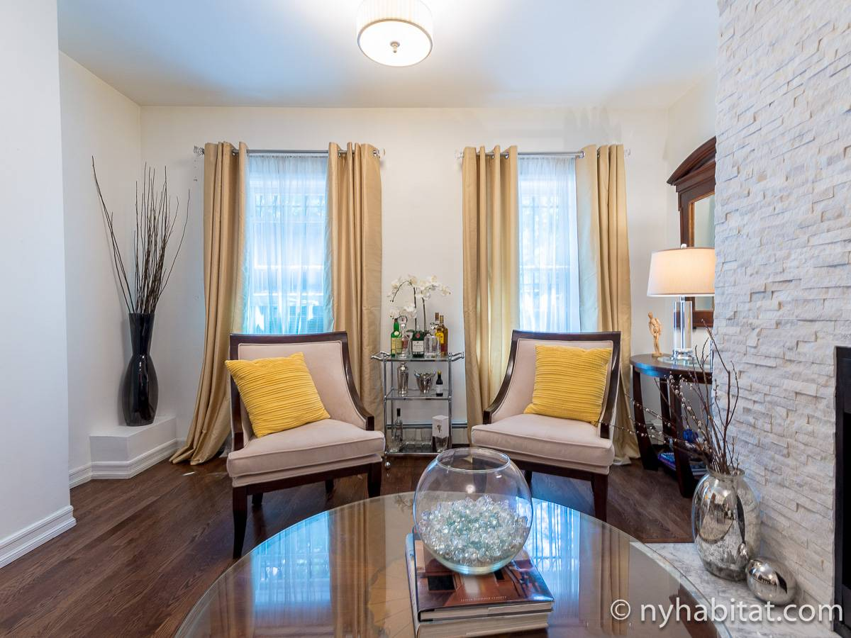 New York 1 Bedroom - Duplex accommodation - living room 1 (NY-17228) photo 3 of 10