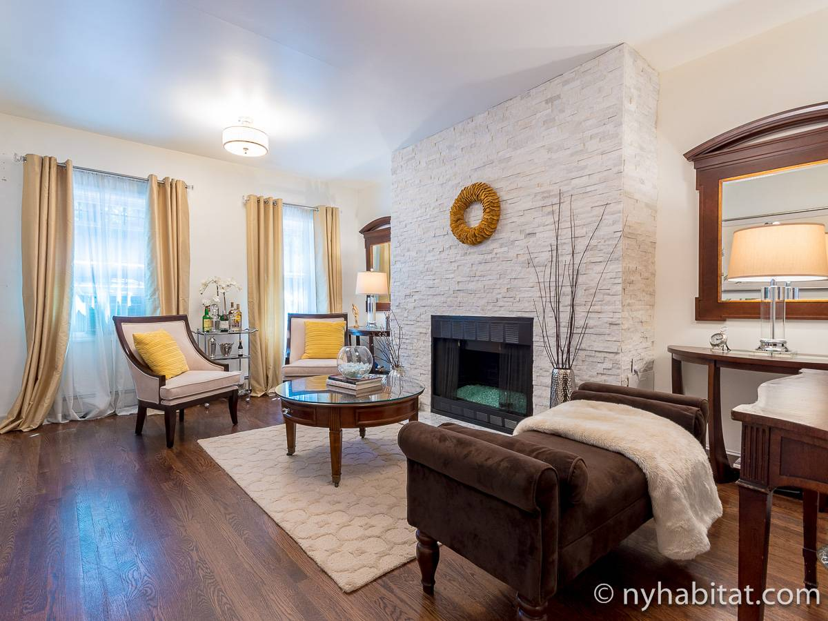 New York 1 Bedroom - Duplex accommodation - living room 1 (NY-17228) photo 1 of 10