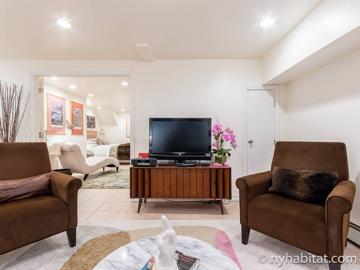 New York 1 Bedroom - Duplex accommodation - living room 2 (NY-17228) photo 4 of 6