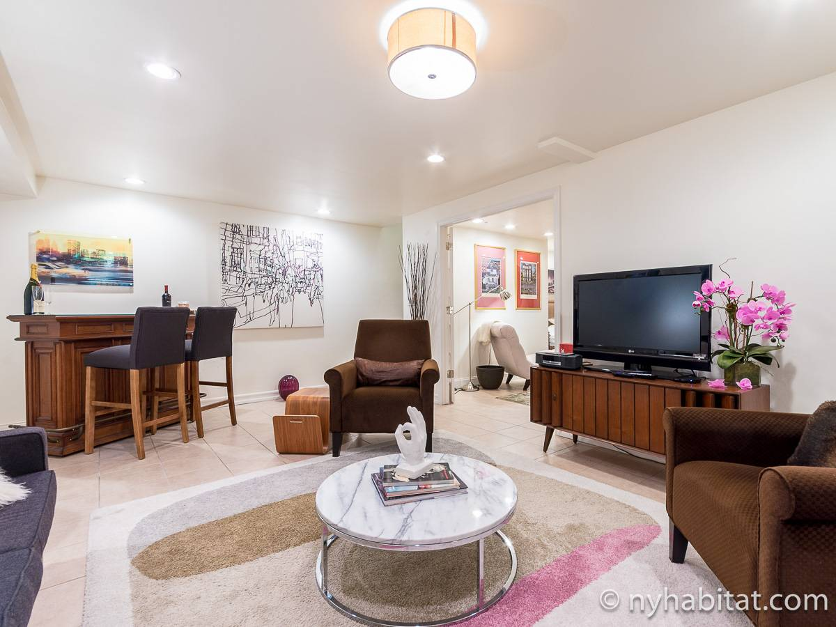 New York 1 Bedroom - Duplex accommodation - living room 2 (NY-17228) photo 1 of 6