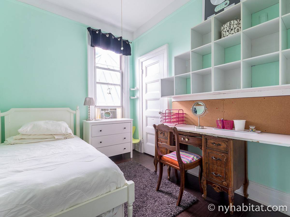 New york apartment 3 bedroom apartment rental in long island city queens ny 17230 for 2 bedroom apartments long island