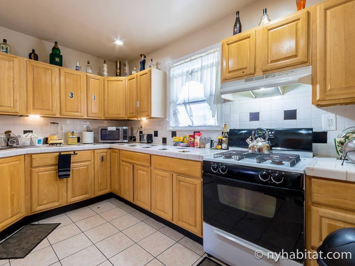 New York 4 Bedroom accommodation - kitchen (NY-17236) photo 1 of 4