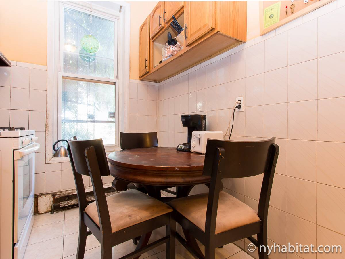 New York 2 Bedroom roommate share apartment - kitchen (NY-17267) photo 1 of 2