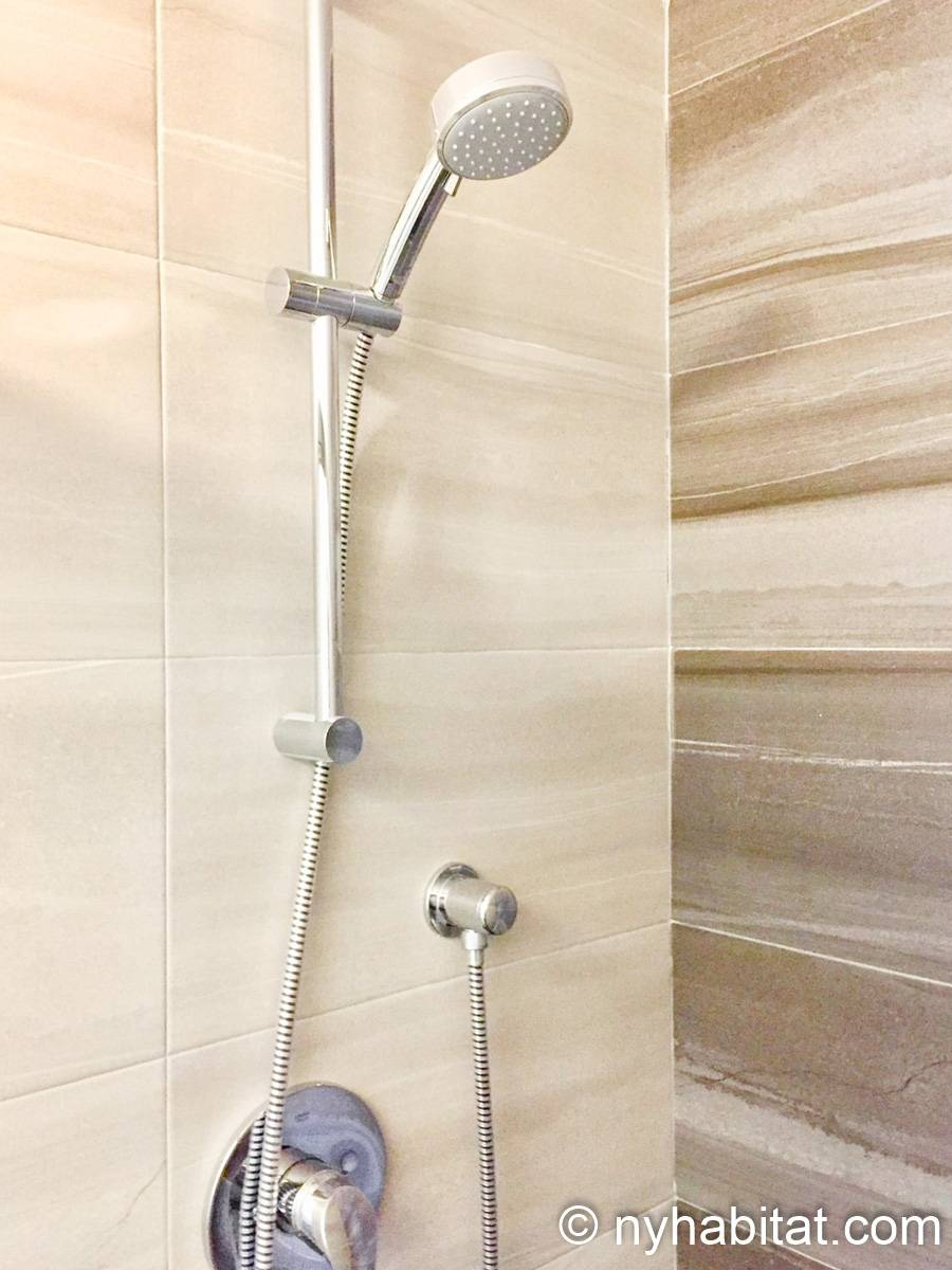New York Studio apartment - bathroom (NY-17288) photo 1 of 1