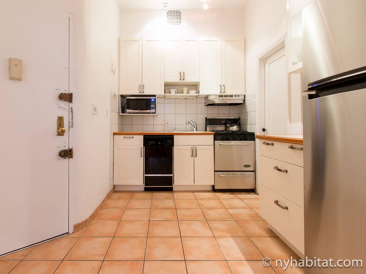 wohnungsvermietung in new york 2 zimmer east village ny 17366. Black Bedroom Furniture Sets. Home Design Ideas