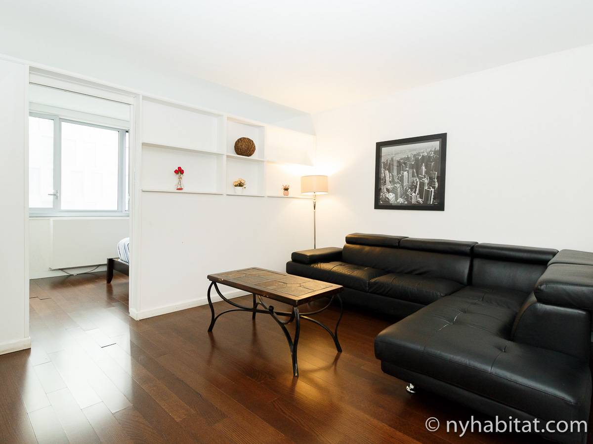 New York 2 Bedroom apartment - living room (NY-17382) photo 1 of 4