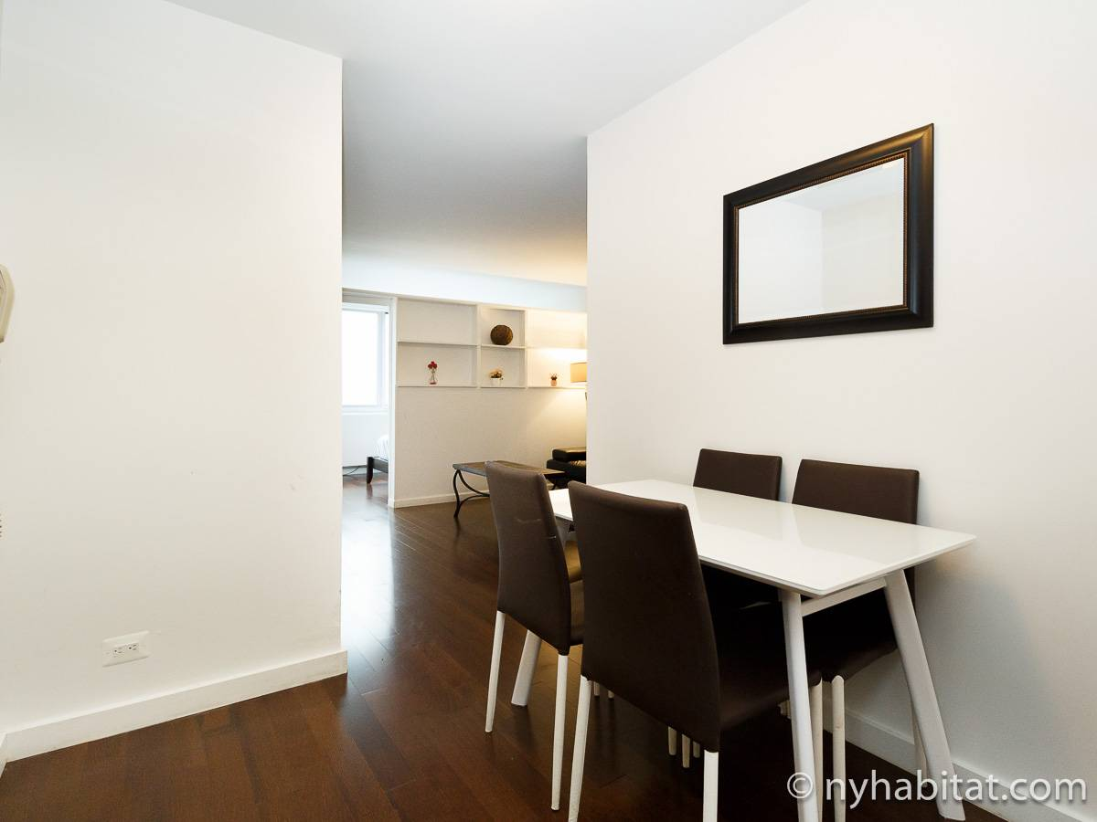 New York 2 Bedroom apartment - living room (NY-17382) photo 4 of 4