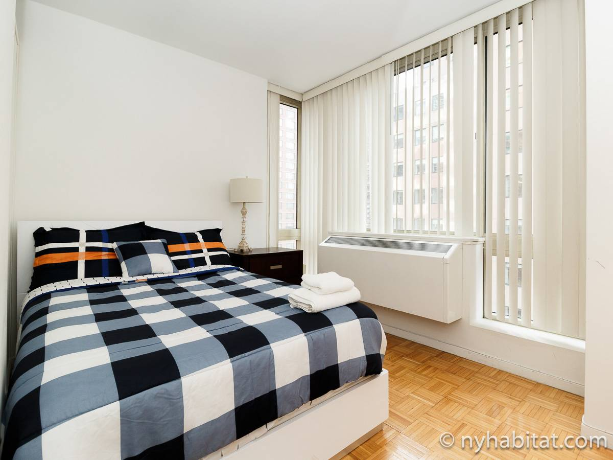 New York Apartment 2 Bedroom Apartment Rental In Midtown West Ny 17392
