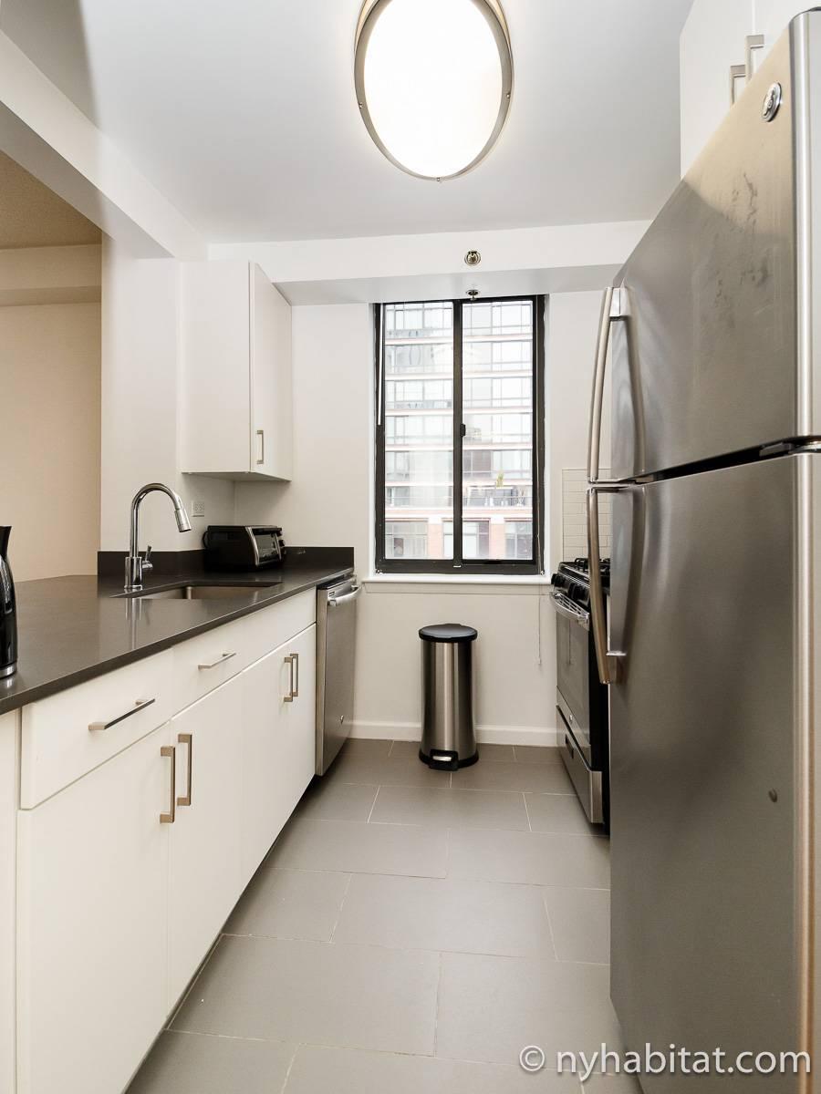 wohnungsvermietung in new york 3 zimmer midtown west. Black Bedroom Furniture Sets. Home Design Ideas
