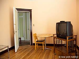 New York 1 Bedroom roommate share apartment - bedroom 1 (NY-2816) photo 4 of 7