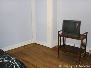 New York 1 Bedroom roommate share apartment - bedroom 2 (NY-2816) photo 2 of 8