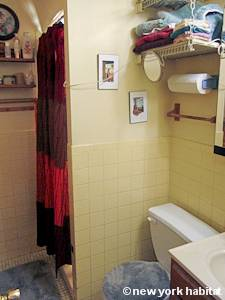 New York 3 Bedroom - Duplex roommate share apartment - bathroom 3 (NY-5119) photo 1 of 2