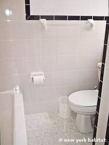 New York 1 Bedroom apartment - bathroom (NY-6252) photo 3 of 4