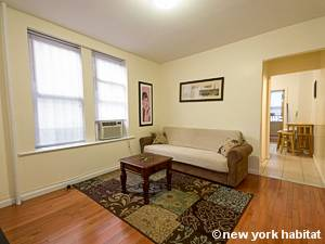 new york 3 bedroom apartment living room ny6647 photo 2 of