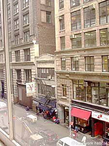 New York T2 - Loft logement location appartement - séjour (NY-7245) photo 6 sur 7