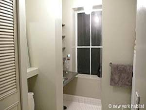 New York T2 - Loft logement location appartement - salle de bain (NY-7245) photo 2 sur 4