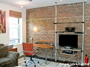 New York 1 Bedroom - Loft apartment - living room (NY-8032) photo 4 of 7