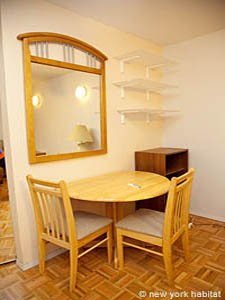 New York 3 Bedroom - Duplex roommate share apartment - bedroom 1 (NY-8114) photo 3 of 4