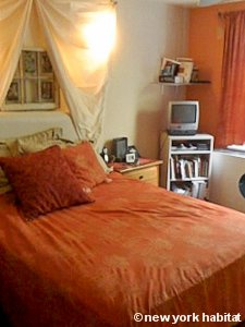 New York 3 Bedroom - Duplex roommate share apartment - bedroom 3 (NY-8114) photo 1 of 2