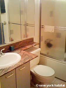 New York T4 - Duplex appartement colocation - salle de bain 2 (NY-8114) photo 1 sur 1