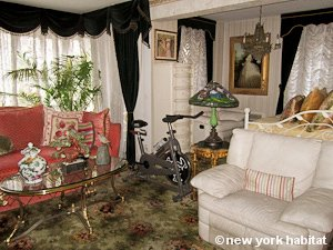 New York 1 Bedroom roommate share apartment - living room (NY-9074) photo 2 of 10