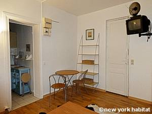 Paris Studio apartment - living room (PA-444) photo 4 of 6