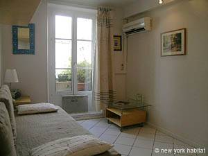 Paris 1 Bedroom accommodation - living room (PA-882) photo 1 of 7
