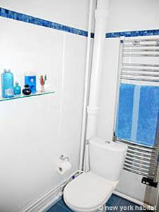 Paris 3 Bedroom - Duplex accommodation - bathroom 3 (PA-927) photo 2 of 3