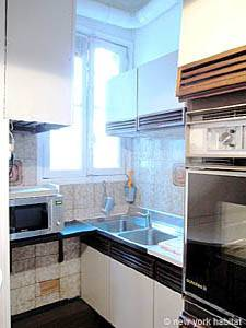 Paris 2 Bedroom apartment - kitchen (PA-977) photo 2 of 3