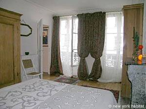 Paris 2 Bedroom accommodation - bedroom 1 (PA-983) photo 3 of 7
