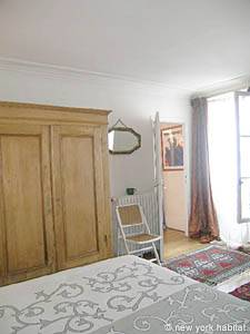 Paris 2 Bedroom accommodation - bedroom 1 (PA-983) photo 4 of 7