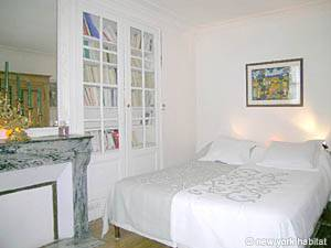 Paris 2 Bedroom accommodation - bedroom 1 (PA-983) photo 1 of 7