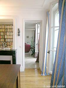 Paris 2 Bedroom accommodation - bedroom 1 (PA-983) photo 6 of 7