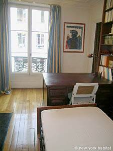 Paris 2 Bedroom accommodation - bedroom 2 (PA-983) photo 4 of 6