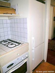 Paris 2 Bedroom accommodation - kitchen (PA-983) photo 3 of 3