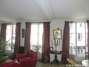 Paris 2 Bedroom accommodation - living room (PA-983) photo 3 of 7