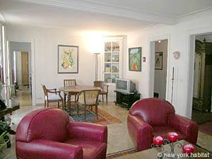 Paris 2 Bedroom accommodation - living room (PA-983) photo 2 of 7