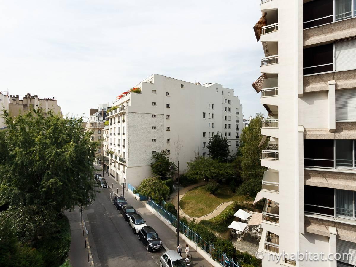 Appartamento a parigi monolocale porte maillot for Soggiorno a parigi