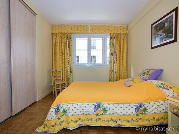 Paris T3 logement location appartement - chambre 1 (PA-1770) photo 1 sur 4