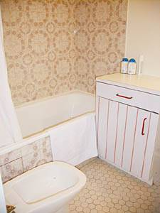 Paris Alcove Studio accommodation - bathroom 1 (PA-1862) photo 2 of 3