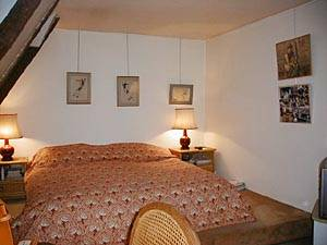Paris T2 appartement location vacances - chambre (PA-1899) photo 4 sur 6