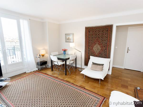 Paris Studio accommodation - living room (PA-2135) photo 3 of 10