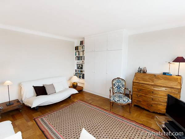 Paris Studio accommodation - living room (PA-2135) photo 5 of 10