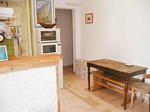 Paris 1 Bedroom apartment - kitchen (PA-2170) photo 3 of 3