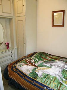 Paris 1 Bedroom accommodation - bedroom (PA-2410) photo 1 of 5