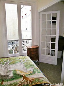 Paris 1 Bedroom accommodation - bedroom (PA-2410) photo 5 of 5