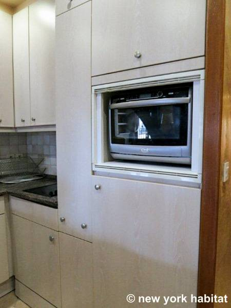 Paris T4 logement location appartement - cuisine (PA-2512) photo 5 sur 6